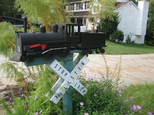 Funny Mailbox 02